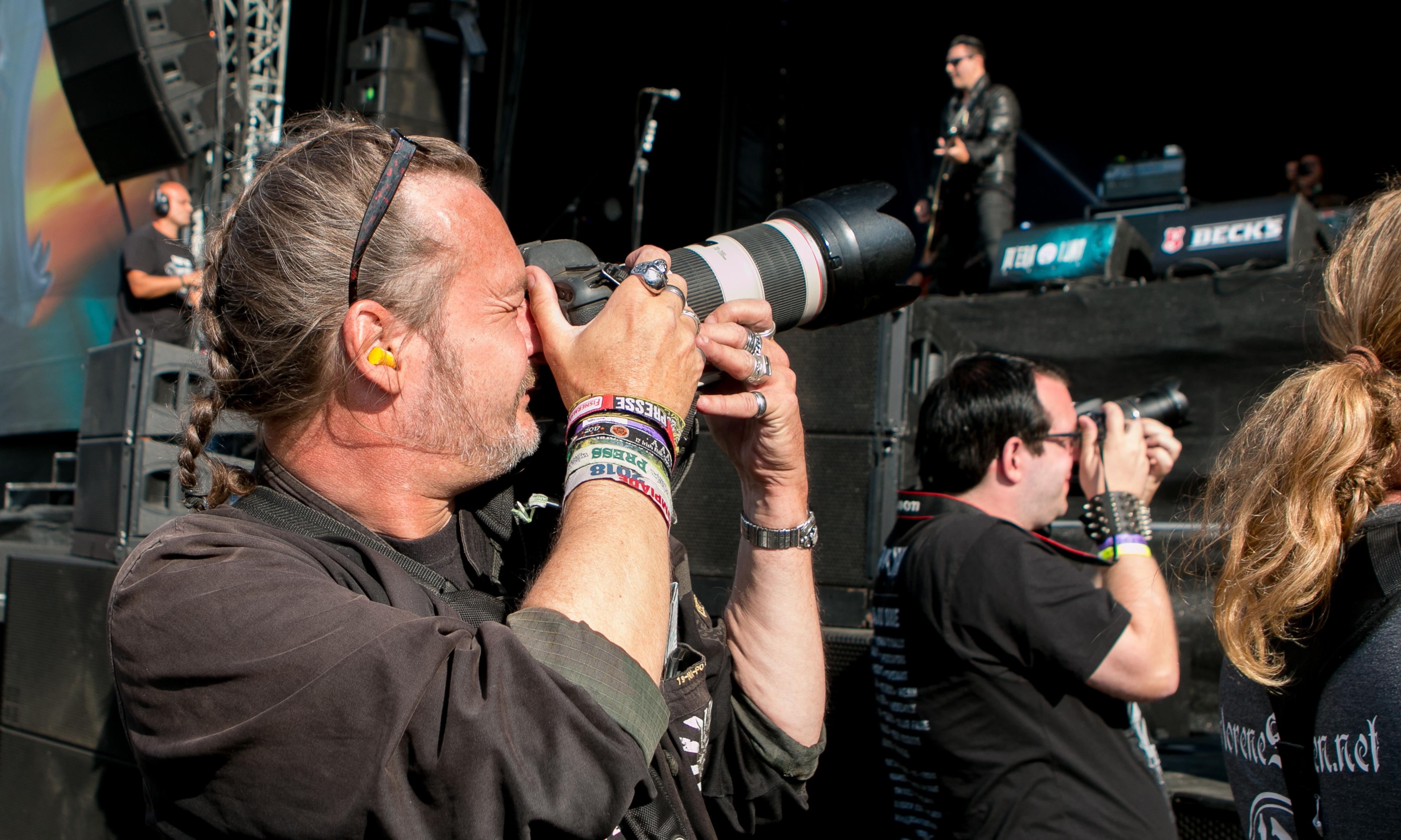 Event im Sucher: Dirk Jacobs bei der Arbeit. Foto: Nicole Crystall