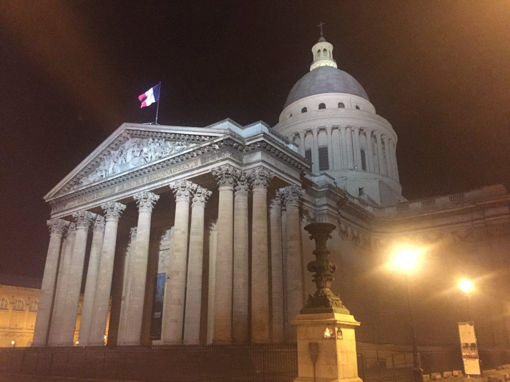 Nachtfoto des Pariser Pantheon